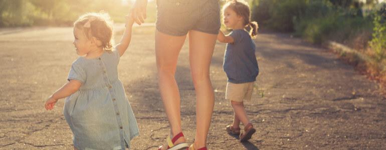 TousLesBudgets.com – Garde d'enfants, et si on échangeait avec d'autres familles ?